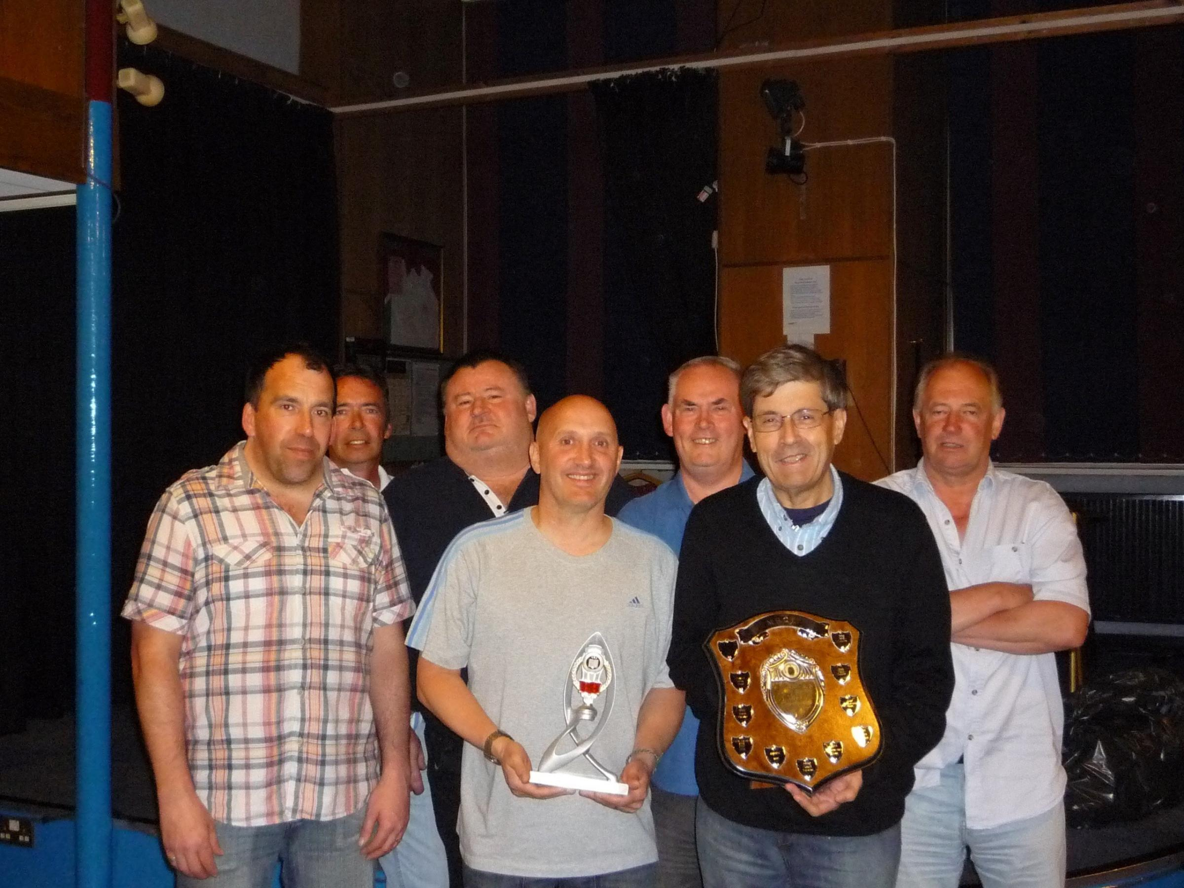 Convincing win for quiz league champions
