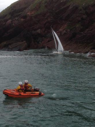 Angle RNLI volunteers rescued a stricken yacht skipper this morning