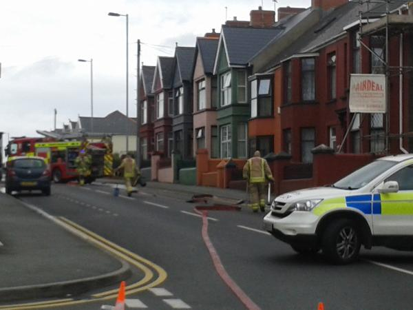 Great North Road at Milford Haven is closed due to a gas leak. PICTURE: Western Telegraph