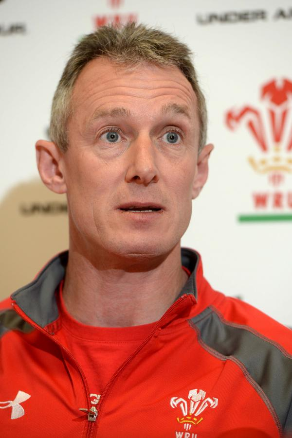 PITCHING IN: Wales assistant coach Rob Howley. PICTURE: Huw Evans Picture Agency, Cardiff