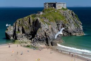 Escape to Tenby's own Alcatraz for cinema spectacular