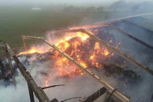 VIDEO: Firefighters tackle huge barn fire