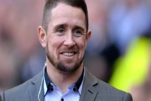 Shane Williams has said Wales have no excuses for their loss in Paris, but has questioned the late incident which saw France make a controversial late replacement.