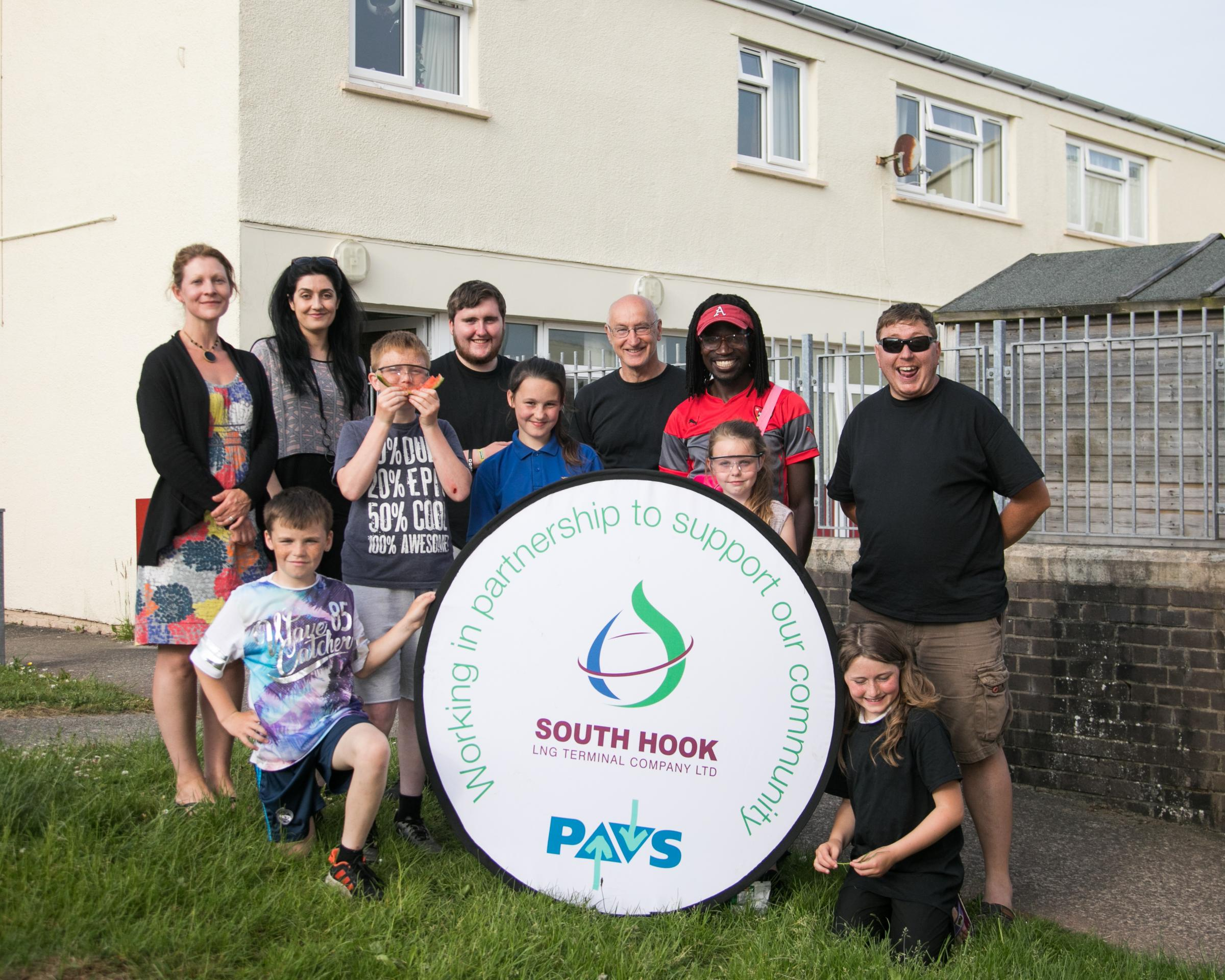 Steve Blunt, Young Life International, Lorna Livock, Pembrokeshire Association of Voluntary Services (PAVS), young members of The Mount Community Centre and Mariam Dalziel of South Hook LNG Terminal.