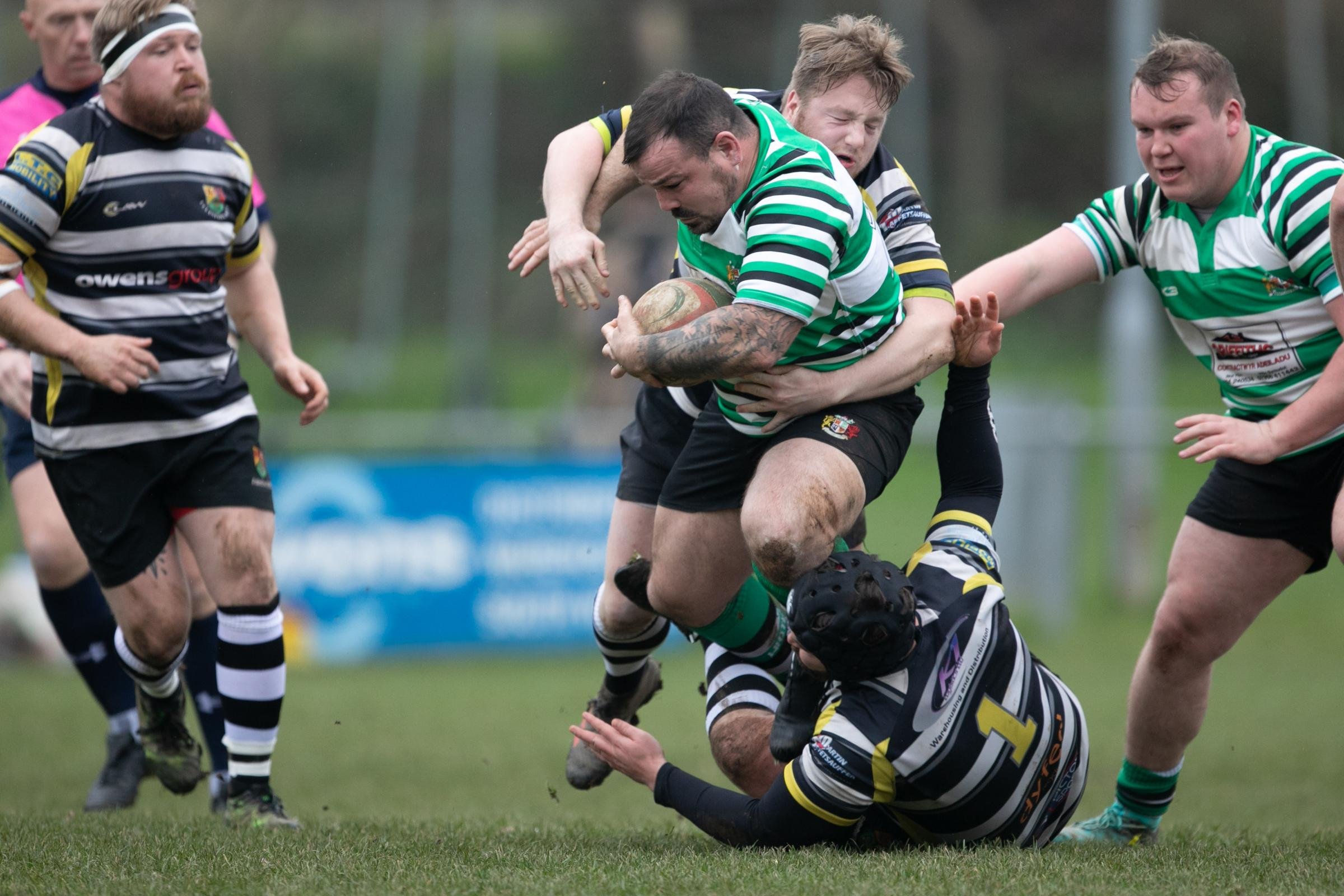 Hooker ans skipper Marc Jones crossed over. PICTURE: Riley Sports Photography.